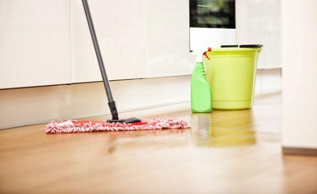mẹo làm sạch sàn nhà